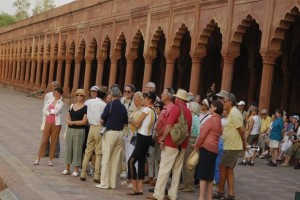 growth in foreign tourist arrivals in Dec 2016